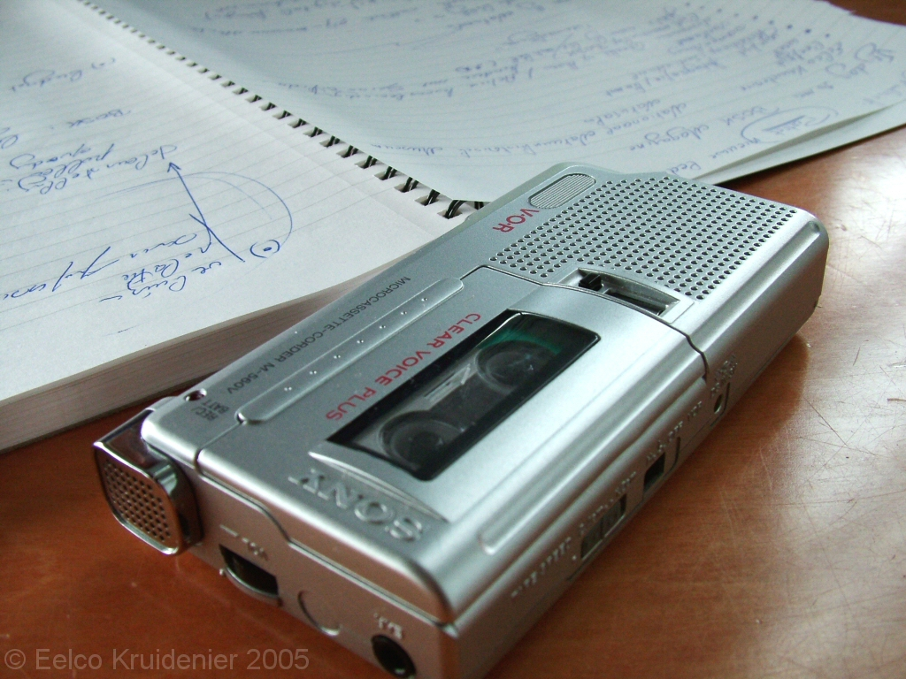 Audio recorder and notes